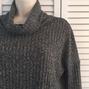 SONOMA RIBBED TOP 3/4 SLEEVE CHARCOAL EUC